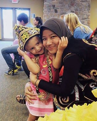 mentari-with-little-girl-cultural-sharing