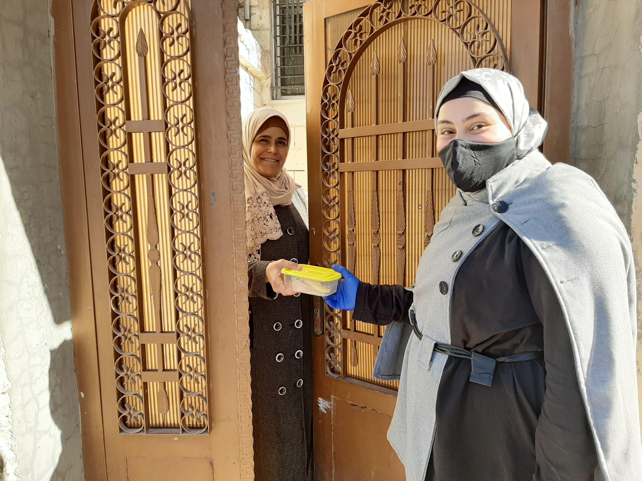 Shahed (Jordan) delivering her kindness cookies.